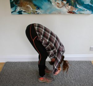 Yoga for hikers - calf warm up