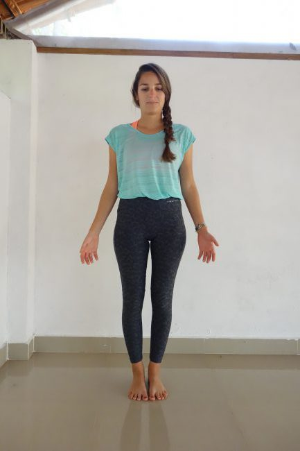 Correct alignment of Tadasana