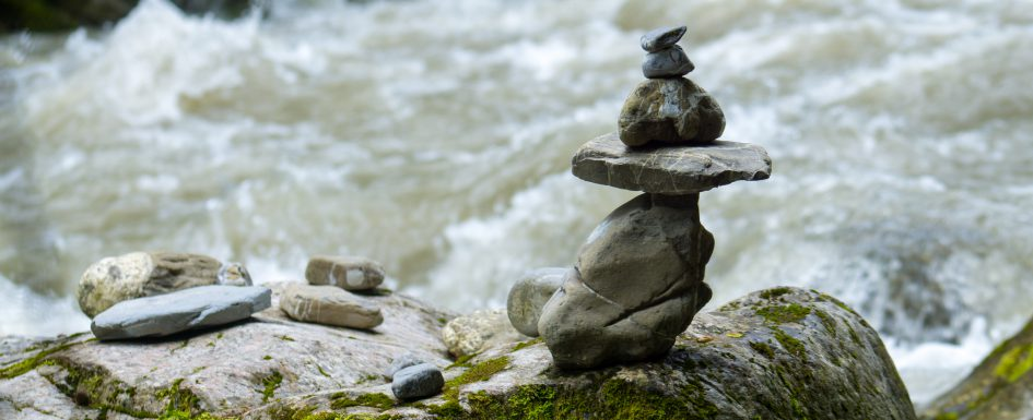 Alpine_Retreat_Yoga-river-meditation