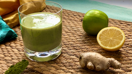 Immune-boosting smoothie: Apple sour