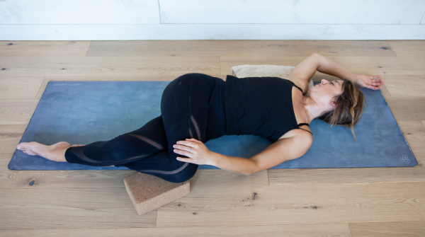 Twisted roots - Best Yin poses for Wood element